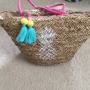 Pineapple Straw Tote